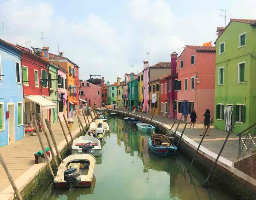 2-days-in-venice-burano-canal