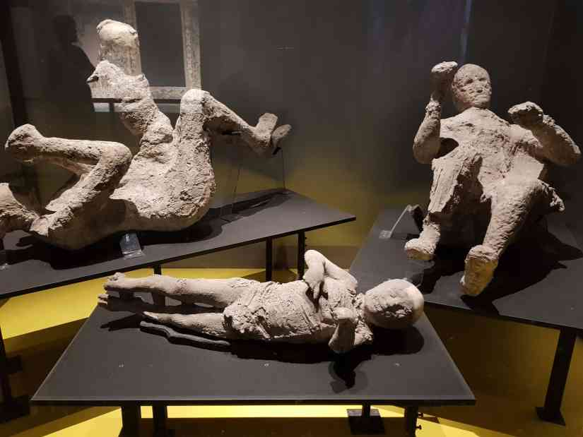 Extraordinary Pompeii Bodies: How are they been preserved? 6