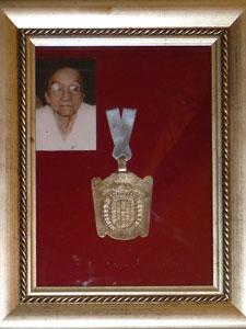 La medalla de la ciudad entregada a Doña Cecilia