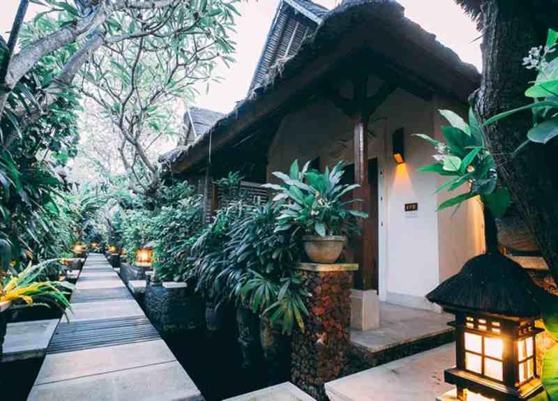 Alam Candi Dive Resort 4