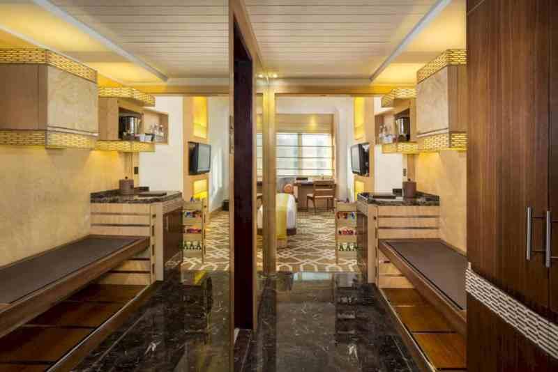 Marco Polo Hotel Dubai 10