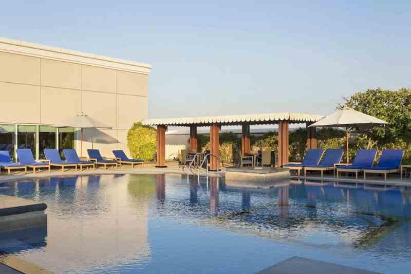 Ramada By Wyndham Jumeirah Hotel 9