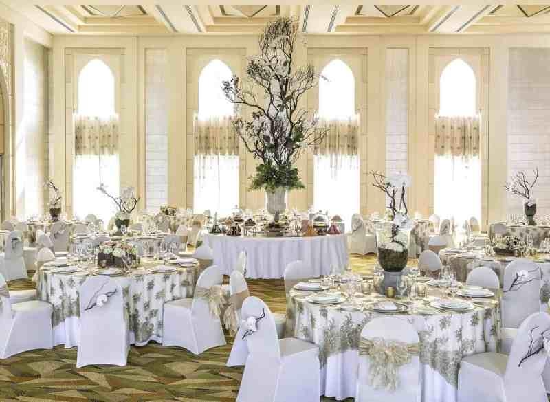 Shangri La Hotel Dubai 22