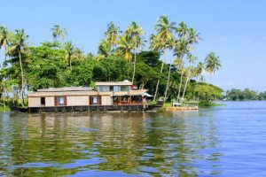 Places in India To Travel on a Low Budget-Alleppey