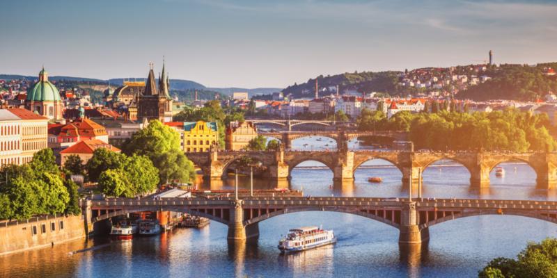 東歐捷克|壯遊金色布拉格、童話小鎮庫倫洛夫,新手必讀換匯、交通、氣候懶人包!