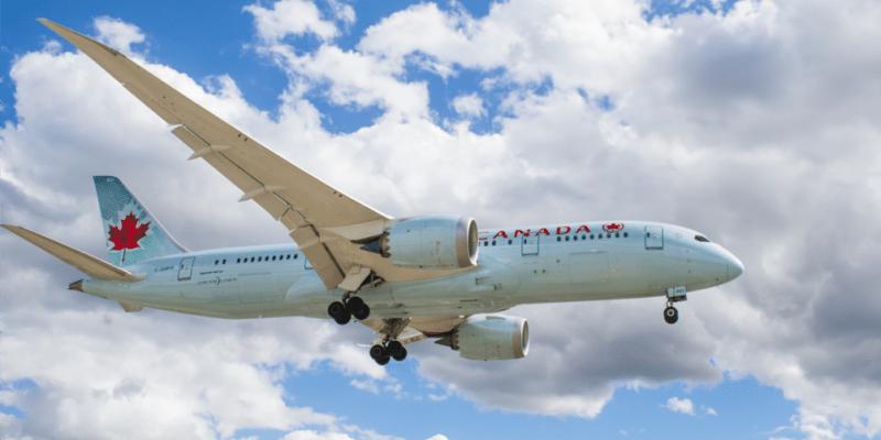 訂機票前請注意!最容易飛機誤點的航空公司排行+班機延誤/取消處理守則