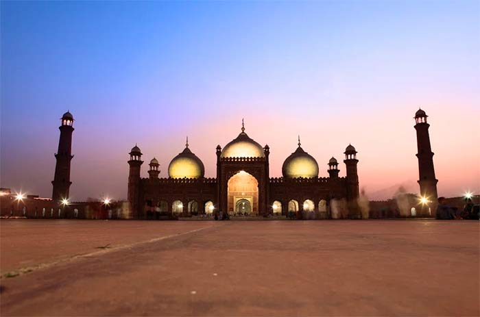 Pakistan Travel Guide and Information