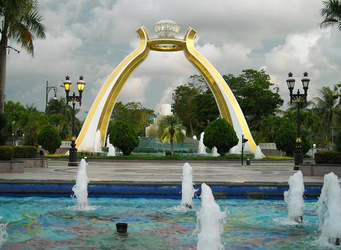 Brunei Travel