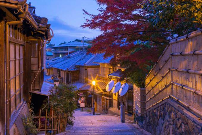 Ninen-Zaka, Kyoto, Japan