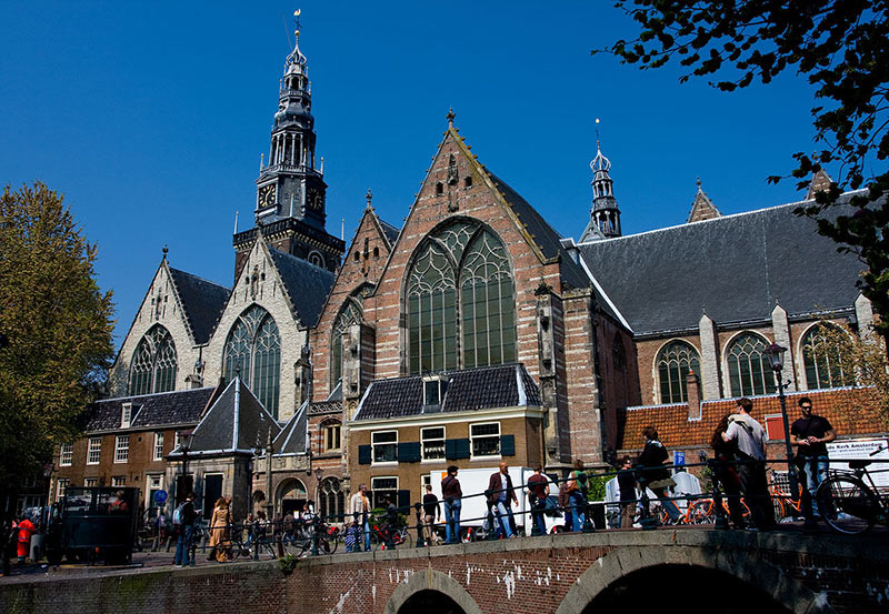 oldest church - Oude Kerk