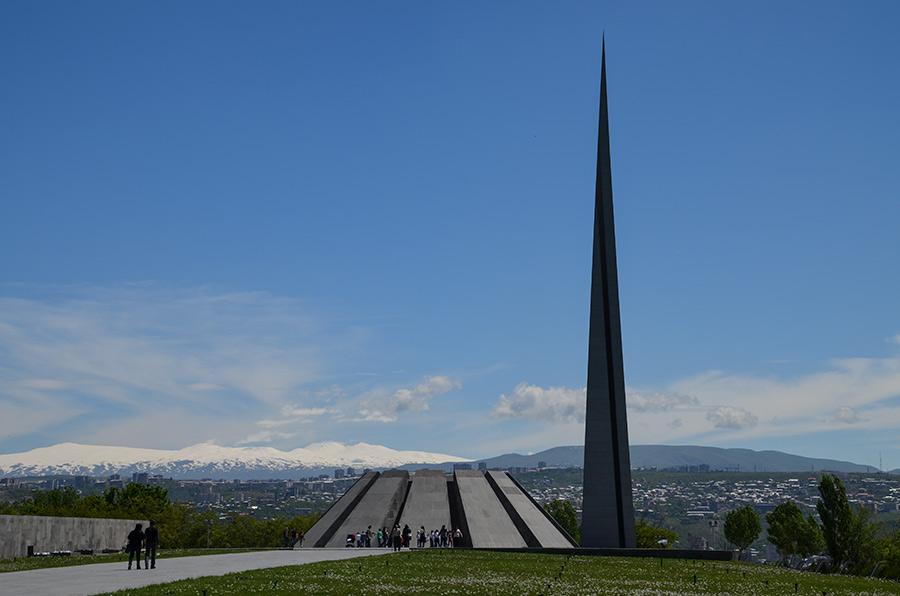 tsitsernakaberd memorial yerevan