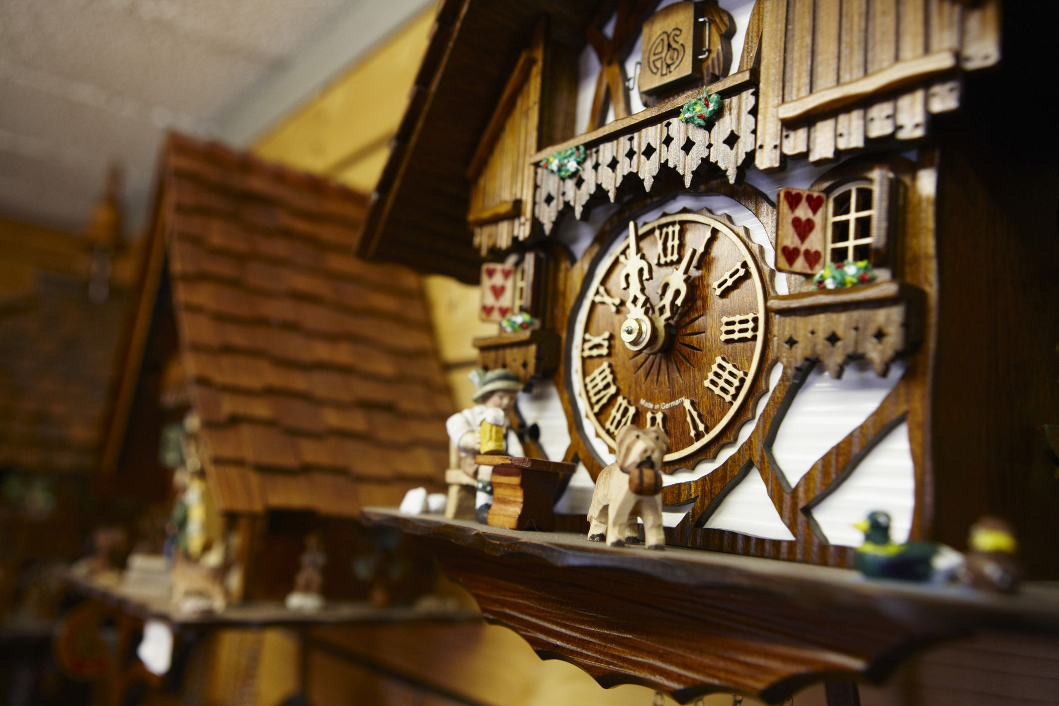 Guide To German Cuckoo Clocks