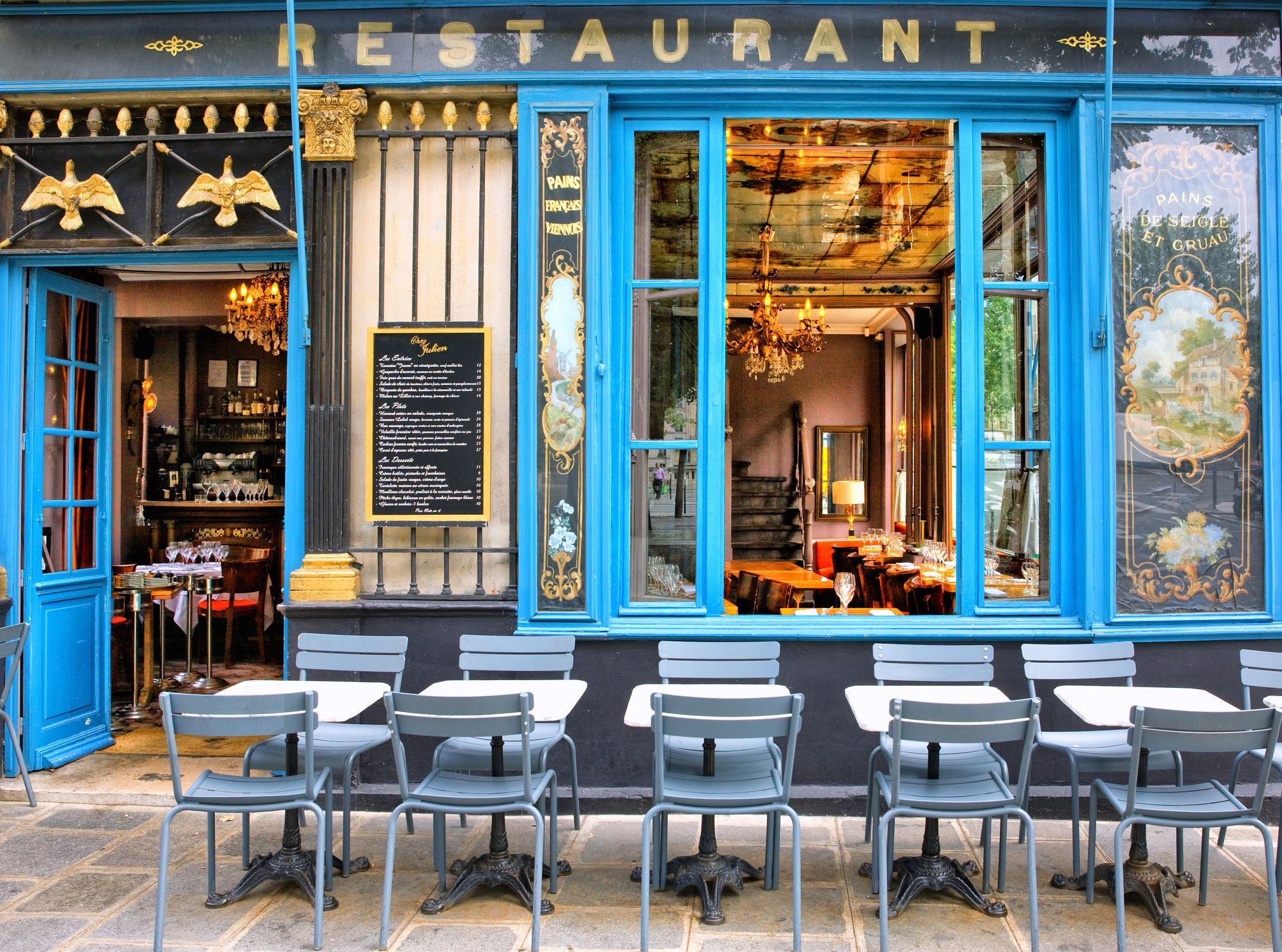 Shop Restaurant And Museum Hours In France