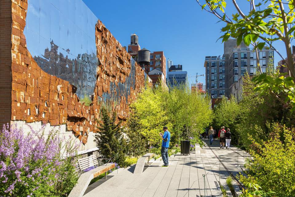 Top 12 Places to Visit in the U S  Top U S  Destinations  The High Line  aboveground park  in New York City