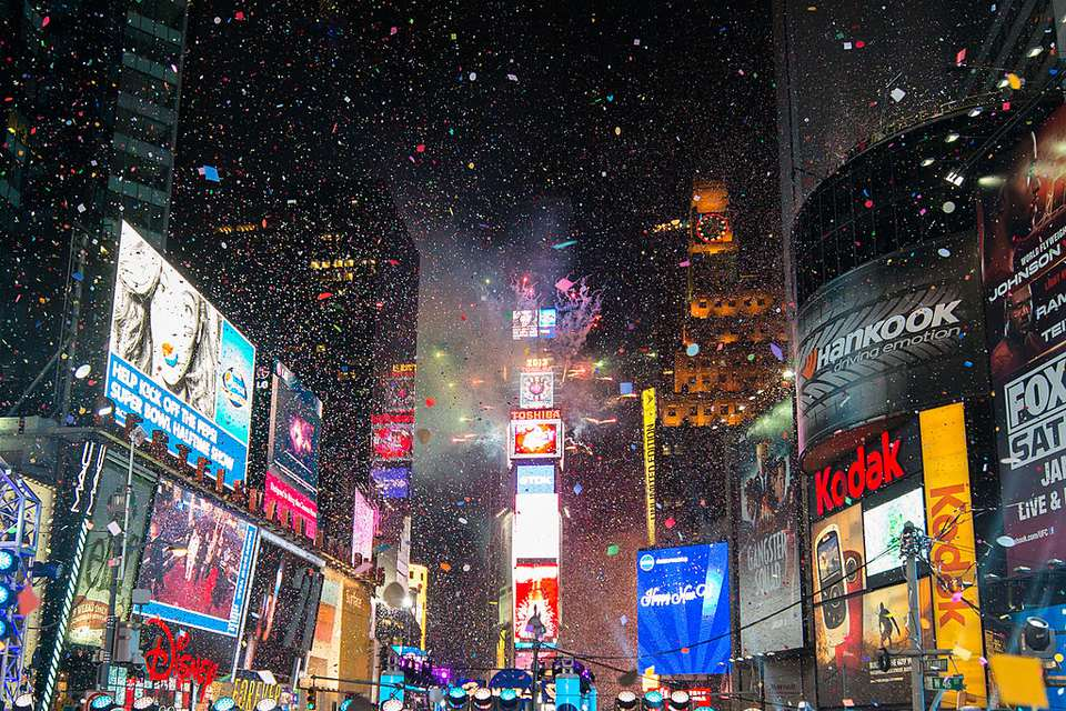 6 Ways to Celebrate New Year s Eve in NYC Enjoy a Great Concert or Show on New Year s Eve  New York City