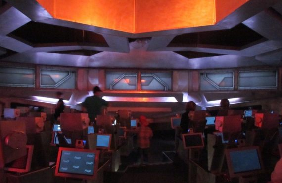 We get inside a space ship and go into space and underwater to experience the Saguenay region through history.