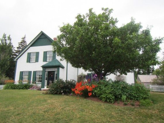 The grounds of Ann of the Green Gables House all to ourselves for a few minutes.