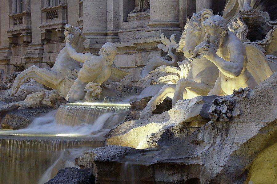 Fontana di Trevi © Yeowatzup. Flickr.com CC.