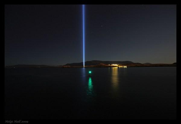 Rauhaa ja rakkautta, John Lennon! Imagine Peace Tower. Kuva: Helgi Halldórsson CC 2.0 / Flickr.
