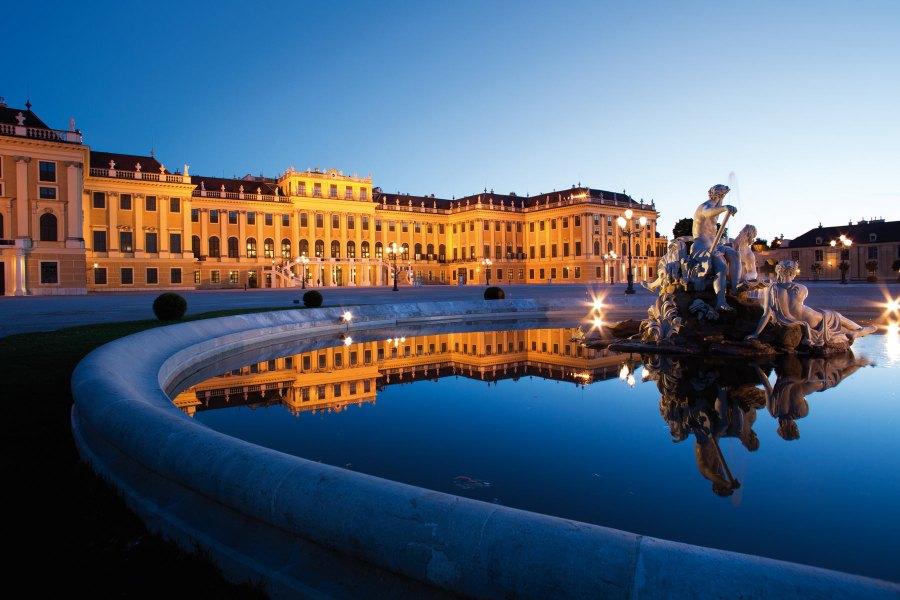 Palatsin nykyiseen kokoon laajensi keisarinna Maria Teresia. Kuva: © WienTourismus/Peter Rigaud.