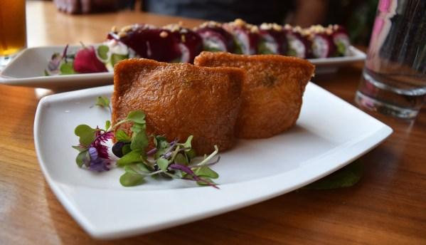 San Franciscolaisen Shizen Vegan Sushi Barin Inari-rullat. Kuva: Reetta Kemppi