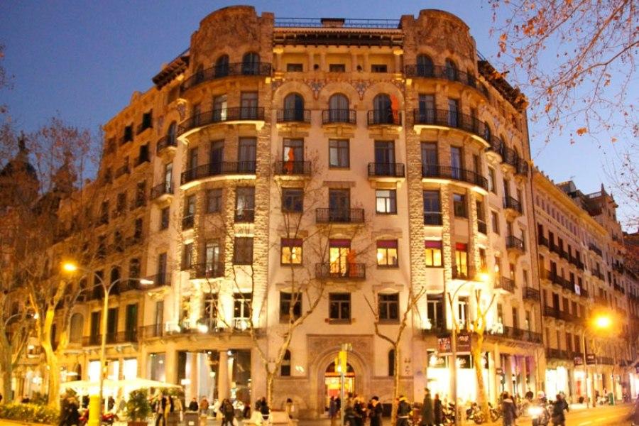 Equity Point sijaitsee yhdellä Barcelonan pääkaduista Passeig de Gracialla. © Equity Point