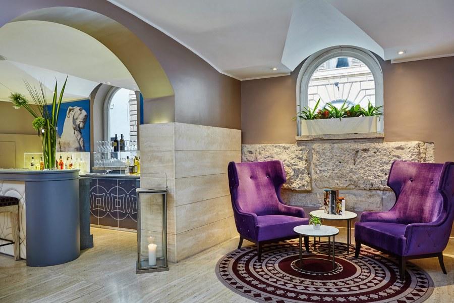 Bar Lounge © Hotel Indigo