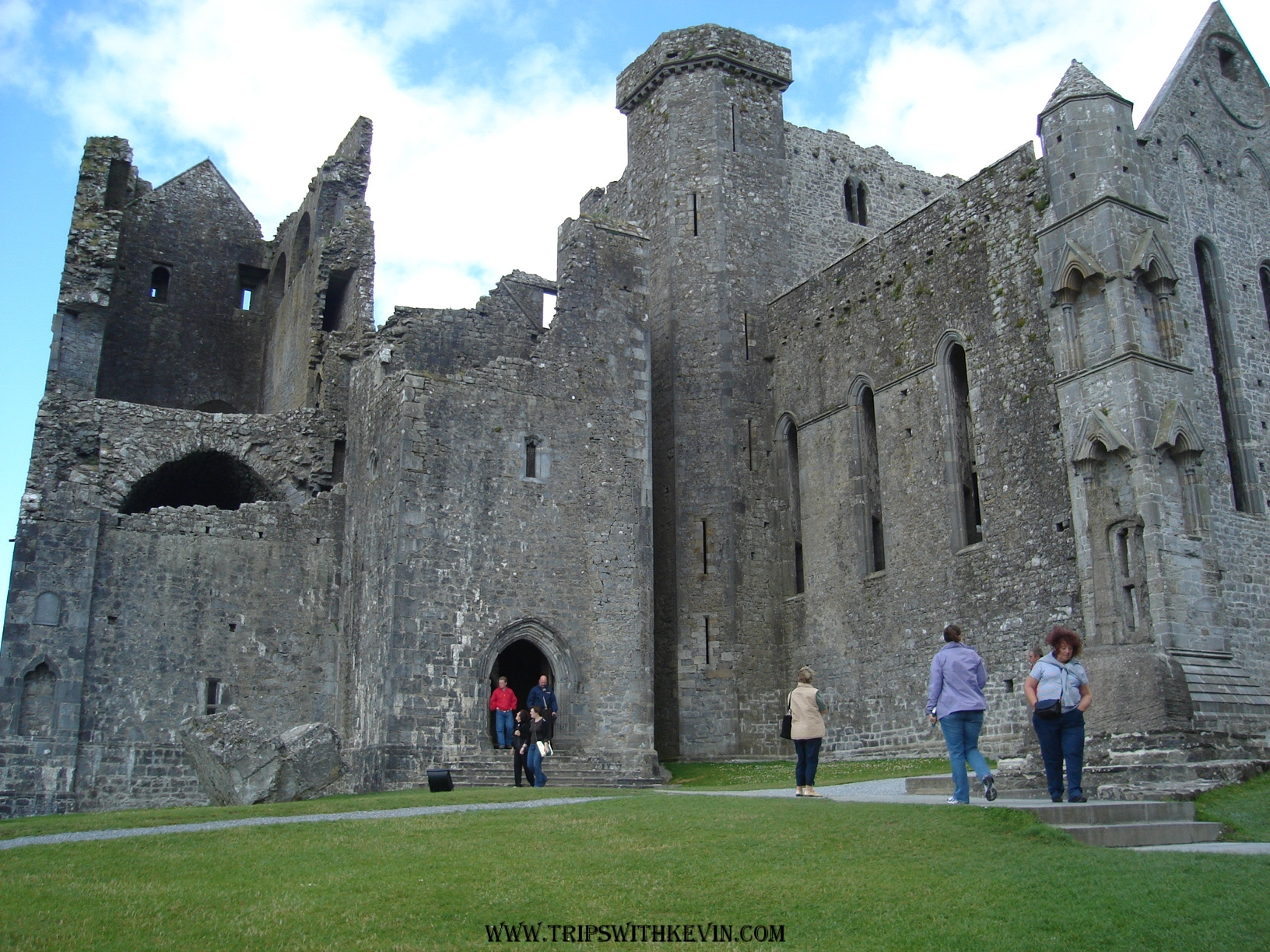 Best Rock of Cashel Tours, Trips & Admission Tickets - Viator