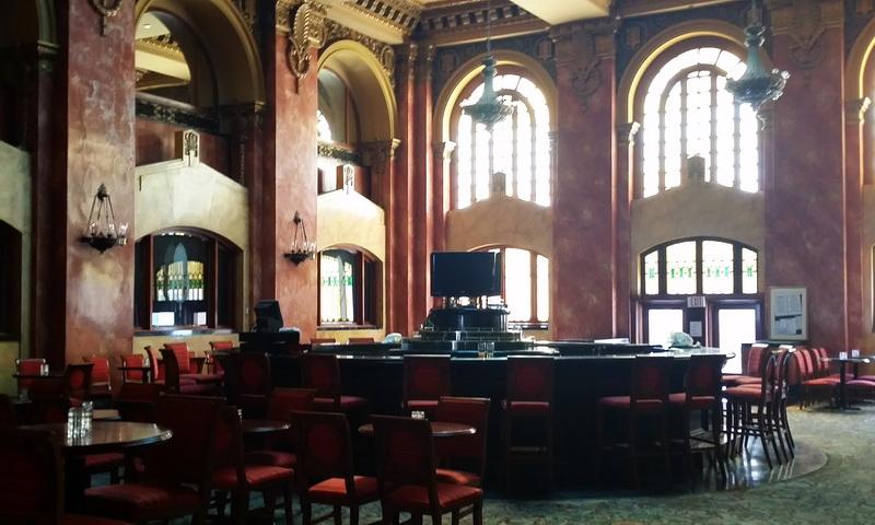 The original El Caminio Real lobby