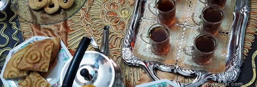 traditional tea and bread in Jordan