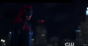 Another Brand New Trailer For CW's Batwoman Series Swings Into Action