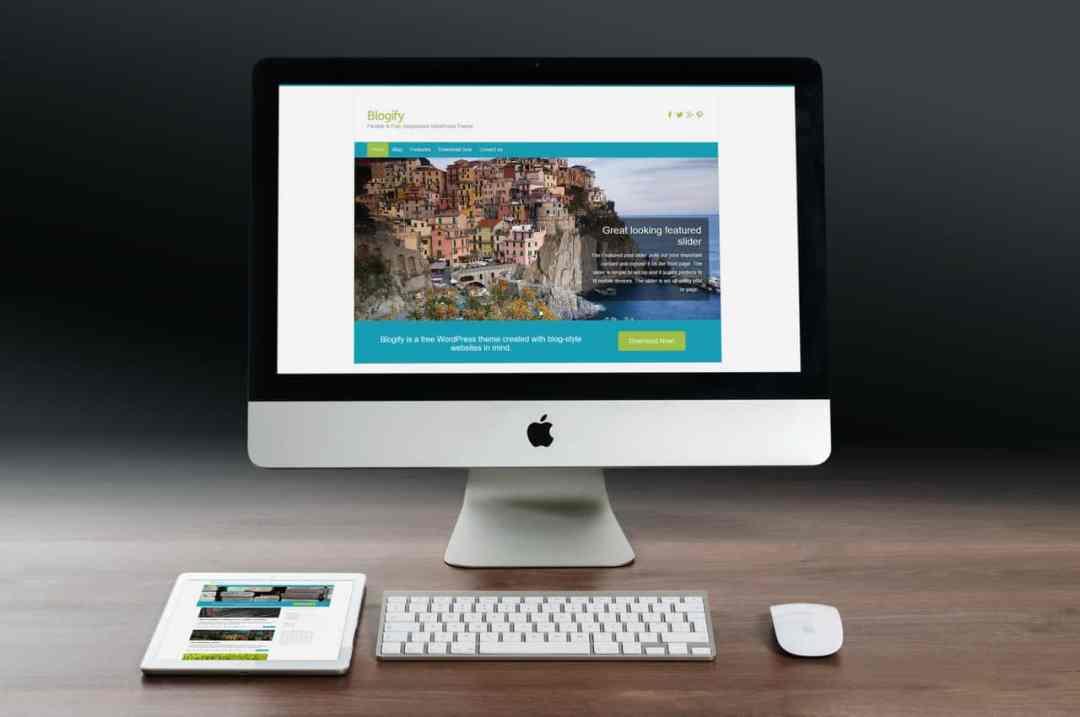 blogify-imac-mobile