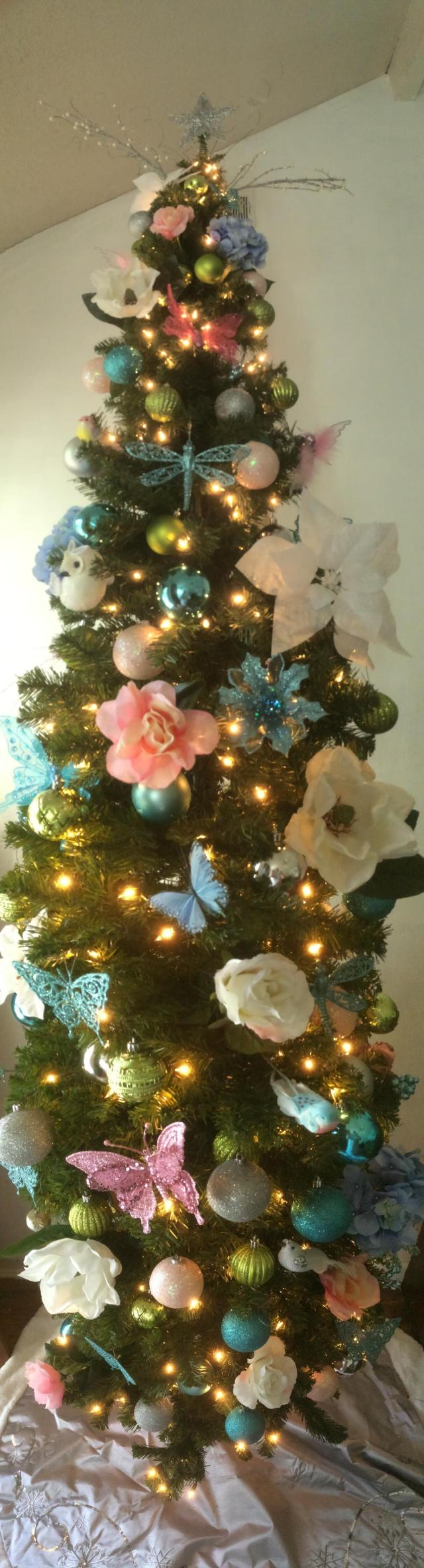 My Christmas Tree 2016 has a garden theme.