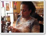 Jennifer knits a Clapotis