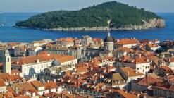 La vue depuis les remparts à Dubrovnik en Croatie