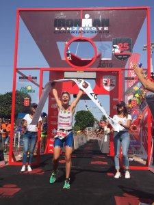 Tina Holst, vencedora do Ironman Lanzarote. Foto: Ironman.com