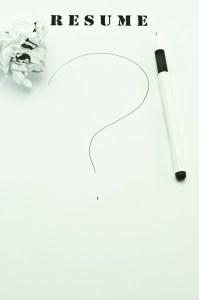 White pen on the blank resume