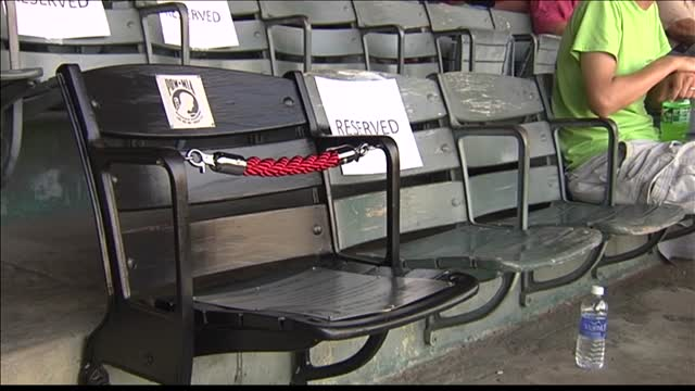 Chair of Honor Unveiled at Bosse Field_20150816031013