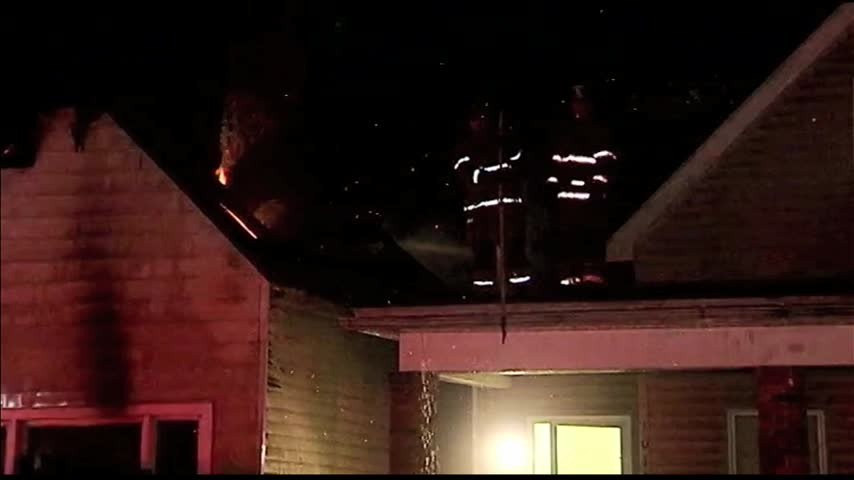Crews Respond to Morning House Fire in Evansville_00752196-159532