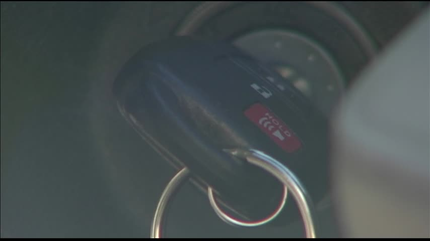 Car Thefts on the Rise This Winter_24238565