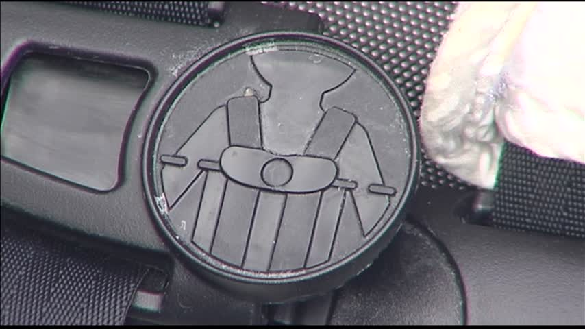 Winter Coats Preventing Car Seats From Fitting Correctly_25782428