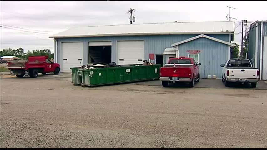 Debris Dump Pickup_21474757