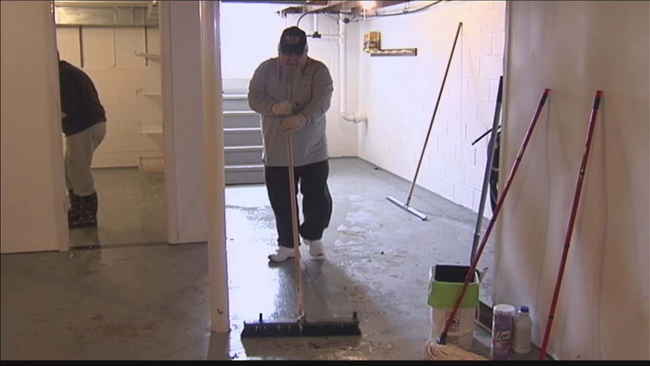 Beals_busy_cleaning_up_from_flood_0_20180305235629