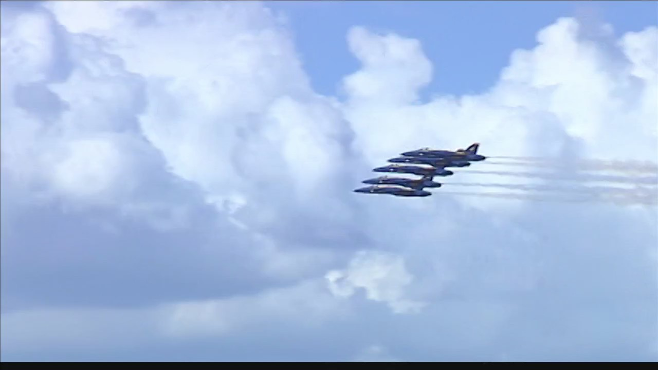Blue_Angels_hit_the_skies_for_Owensboro__0_20180916041658