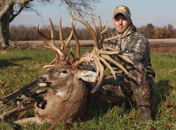 Illinois Record Deer_1552422877574.jpg.jpg