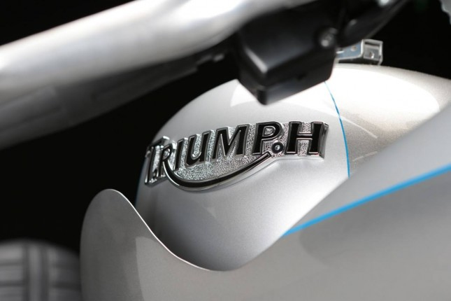 thunderbird_storm_cafe_racer_03