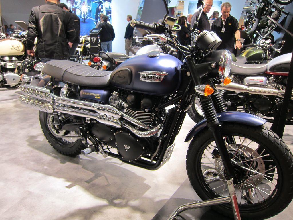 Salon moto 2013 triumphadonf 03 triumphadonf - Concessionnaire moto salon de provence ...
