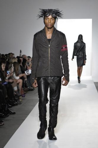 Jason-Troisi-spring-2012-07-331x500