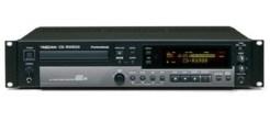 LECTEUR - ENREGISTREUR TASCAM CD-RW 900