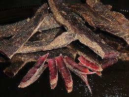 700 Gramm 7Sorten Biltong  Beef Jerky Trockenfleisch  am Stück/Stix Probierpaket